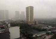 Trời Hà Nội tối đen, mưa như trút nước vào đúng giờ cao điểm sáng