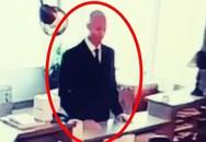 Thấy người hay mệt, xem camera văn phòng, phát hiện đồng nghiệp làm điều độc ác
