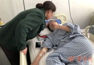 Vợ xuất huyết sau sinh dẫn tới bại liệt, chồng ôm hơn 1 tỉ tiền bán nhà mất tích