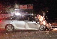 Hai người đàn ông tử vong trên ôtô 4 chỗ đấu đầu xe khách