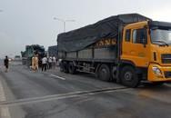 Gần 2 giờ đưa thi thể tài xế mắc kẹt trong cabin xe ben sau va chạm ở Sài Gòn