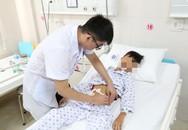 Ngã khi tập xe, bé trai ở Phú Thọ bị vỡ ruột non