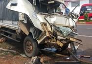 """Tài xế xe tải la hét báo mất phanh, lao thẳng vào xe ben đang """"vướng"""" đèn đỏ"""