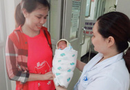 Vỡ òa niềm vui sau 55 ngày cứu sống bé trai sinh non nặng 900gr, bị nhiễm trùng huyết