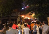 Quán bia bùng cháy lúc nửa đêm, hàng trăm cư dân Thủ đô bấn loạn, hoang mang