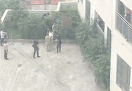 Tiết lộ nguyên nhân nam thanh niên rơi từ trên cao xuống tầng 6 Trung tâm thương mại Mipec Long Biên (Hà Nội)