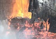 Bình Dương: Nhà xưởng rộng hàng ngàn mét vuông của hai công ty gỗ đổ sập vì hỏa hoạn