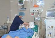 Cắt bỏ 1 mét ruột non của nam bệnh nhân bị chấn thương vùng kín do tai nạn giao thông