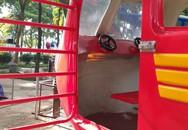 Hà Nội: Rơi máy bay mô hình trong công viên Linh Đàm, một cháu bé bị thương
