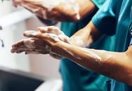 Rửa tay bằng xà phòng và các chế phẩm rửa tay sát khuẩn giúp kiểm soát nhiễm khuẩn tại các bệnh viện