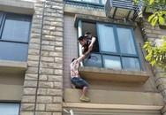 Bị mẹ ép kết hôn, người đàn ông trèo cửa sổ đòi tự tử, hóa ra nguyên nhân chính là sự chịu đựng của anh trong 10 năm qua