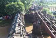 Sập cầu khiến tàu hỏa rớt xuống sông 4 người thiệt mạng