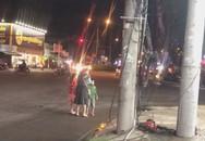 'Nóng mắt' cảnh vợ bụng mang dạ chửa vẫn bị chồng đánh đập giữa đường, 2 con nhỏ sợ hãi nem nép sau lưng