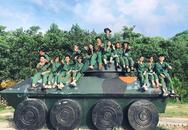 Chùm ảnh học quân sự tuyệt đẹp: Lăn lộn 30 ngày đêm ở đây, đời sinh viên còn gì để tiếc nuối