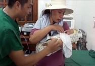 Hải Phòng: Bác sĩ vượt biển cứu mẹ con sản phụ nguy kịch