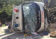 Tai nạn kinh hoàng: Xe tải chở học sinh tiểu học đi dự sự kiện rơi xuống khe núi, 11 em nhỏ thiệt mạng