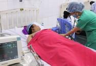 Báo động đỏ toàn bệnh viện để cứu sản phụ nặng 1 tạ