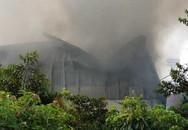 Xưởng may ở Hải Dương bốc cháy dữ dội