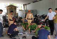 Hà Nội: Phát hiện người phụ nữ vận chuyển số lượng lớn súng tự chế