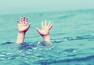 Nghệ An: Nhói lòng 2 anh em ruột tử vong dưới ao