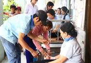 Vụ ngộ độc thuốc diệt mọt ở Bình Dương: Hàng chục công nhân tiếp tục nhập viện