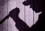 Cụ ông hơn 80 tuổi dùng dao đâm chết con trai