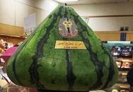 24 triệu đồng một quả dưa hấu hình kim tự tháp ở Nhật