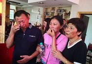 Cay mắt khoảnh khắc cô gái Trung Quốc đoàn tụ cha mẹ ruột sau 30 năm bị bắt cóc