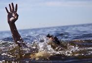 6 du khách bị sóng cuốn khi tắm biển Phan Thiết