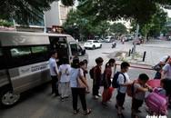 Phụ huynh lo lắng, Trường Gateway kiểm tra từng học sinh đi xe đến trường