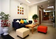 Ngôi nhà hướng tây nằm trong ngõ hẹp ở Hà Nội có thiết kế đẹp bắt mắt ngay từ lối vào