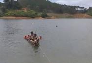Lật xuồng trong lúc câu cá, 3 thanh niên đuối nước tử vong