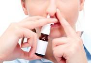 Nghẹt mũi, nên dùng thuốc uống hay thuốc xịt?