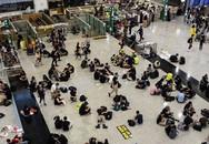 Sân bay Hong Kong thất thủ, chủ homestay Việt bị ế phòng