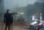 Bảo vệ đuổi người trú mưa đã làm việc lâu năm tại khách sạn 5 sao, được đại diện lễ tân đánh giá 'làm đúng nhiệm vụ'