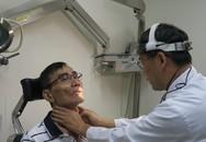 """Sụt 13kg vì đau cổ họng nhưng bác sĩ lại cho chụp X-quang ngực, người đàn ông """"chết điếng"""" vì đã mắc ung thư"""