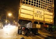 Liên tiếp tông vào cùng một xe tải, 2 thanh niên đi xe máy tử vong
