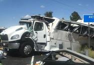 Xe chở khách du lịch gặp nạn tại Mỹ, ít nhất 4 người thiệt mạng