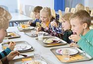 Bữa ăn học đường miễn phí ở một số quốc gia