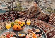 Chàng ca sĩ Quang Vinh bao năm bị đồn là thiếu gia Nguyễn Kim: Bỏ hào quang sân khấu để theo đuổi đam mê du lịch với những bức ảnh chất hơn nước cất