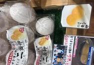 Trứng gà sinh đôi 'cháy' hàng vì khách Việt săn lùng tẩm bổ
