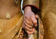 Cặp vợ chồng Ấn Độ bị ném đá đến chết