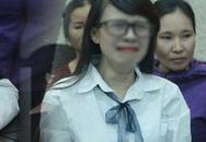 Chị gái nữ sinh giao gà gục khóc nức nở tại tòa sau khi mẹ bị tuyên án 20 năm tù
