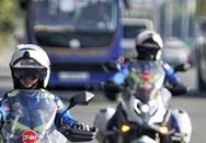 Xe chở đoàn Việt Nam gặp tai nạn trên đường đến khai mạc SEA Games