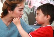 """Phát hiện """"vật thể lạ"""" nhạy cảm trong túi con trai, mẹ trẻ nhận ra sai lầm trong cách nuôi dạy suốt 14 năm qua"""