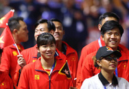 Chủ nhà Philippines trao cờ đăng cai SEA Games 31 cho Việt Nam