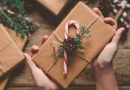 Có nên tặng quà Giáng sinh cho người cũ để chứng tỏ mình còn quan tâm?