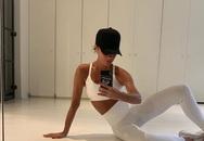 Giữa loạt tin tức nợ nần, làm ăn thua lỗ, Victoria Beckham vẫn thảnh thơi khoe cơ thể đáng ngạc nhiên ở tuổi 45