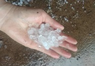 Cao Bằng: Xuất hiện mưa đá ngày 30 Tết khiến người dân hoang mang, lo lắng