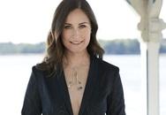Nữ thủ tướng bị chỉ trích vì áo hở ngực, dân Phần Lan đăng ảnh ủng hộ